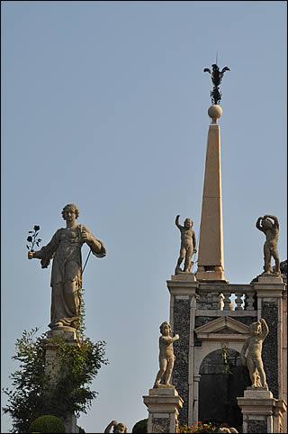 Statues sur Isola Bella